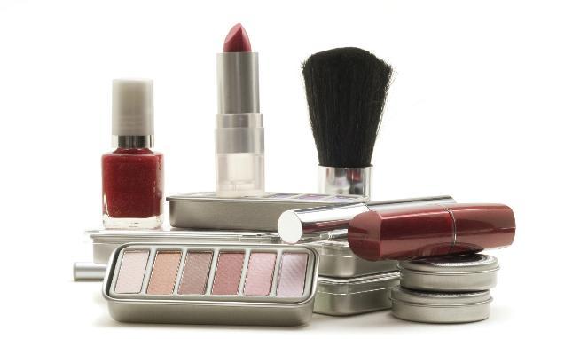 146 HAWA-Yang Perlu Diketahui Seputar Bahaya Kosmetik KW-1