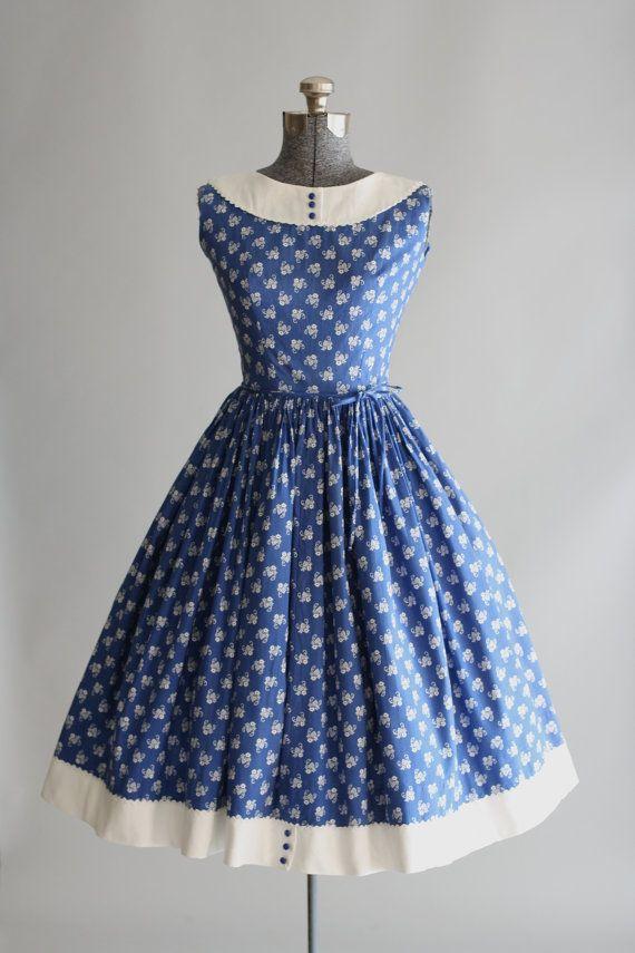 148 HAWA-Tampil Elegan dan Feminin Dengan Gaya Vintage-3