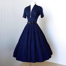 148 HAWA-Tampil Elegan dan Feminin Dengan Gaya Vintage-5