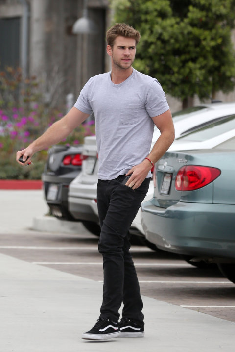 165 HAWA-Hawa's Crush Of The Week, Liam Hemsworth-8