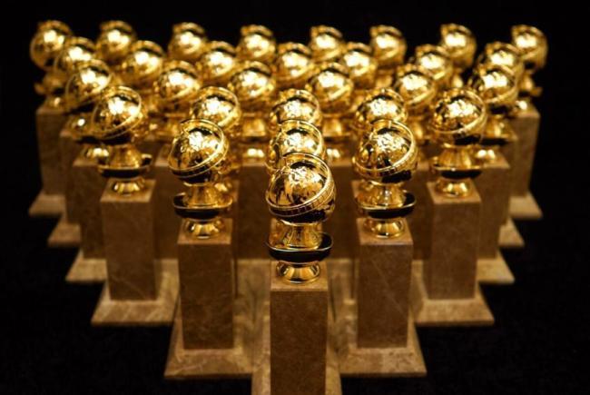 282 HAWA-Pilihan Gaun Indah Selebriti Di Golden Globes 2016-7