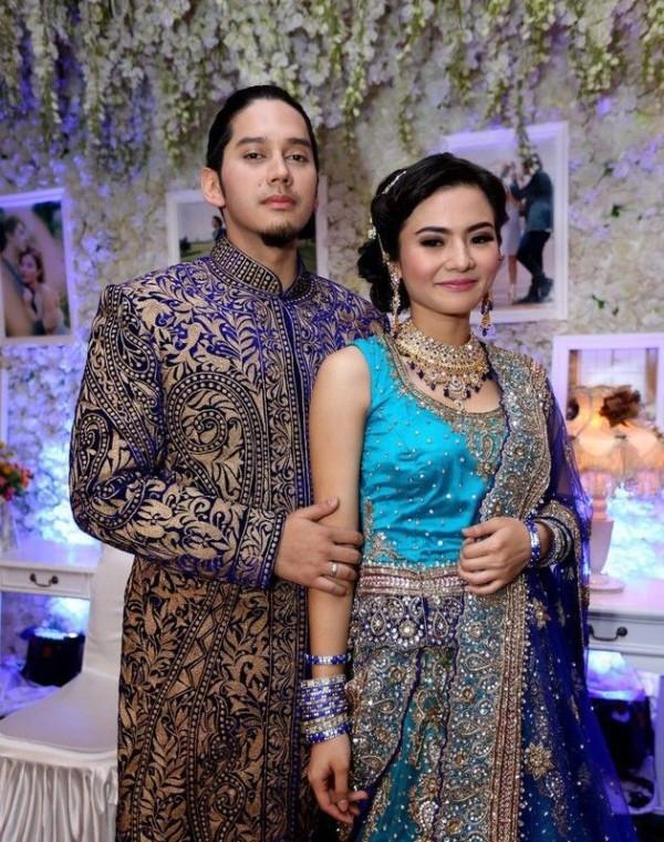 318 HAWA-Gaun Pernikahan India Mewah nan Glamour-2