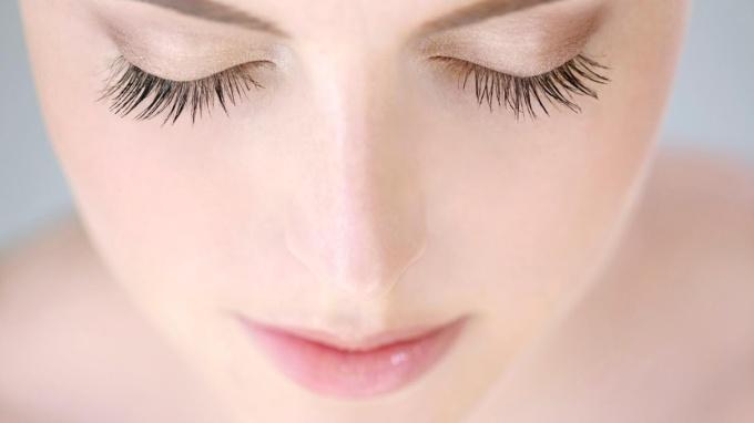 617 HAWA-Razan Izazi, Ini 5 Alasan Kenapa Kamu Harus Pakai Primer Makeup-2
