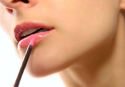 628 HAWA-Lip Liner, Lipgloss, dan Lipstick, Apa Sih Bedanya-3