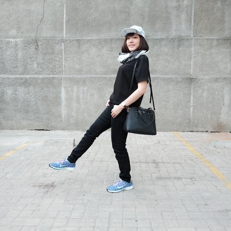 Kata Olivia Fabrianne Trik Jitu Padu Padan Outfit Dan Sneakers