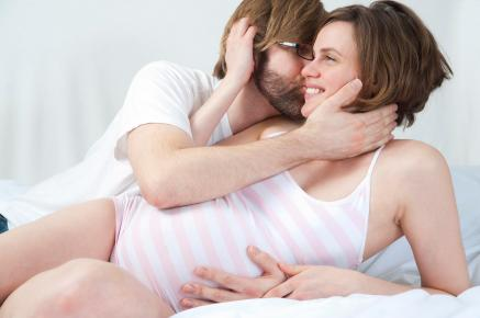 how-to-enjoy-pregnancy-sex