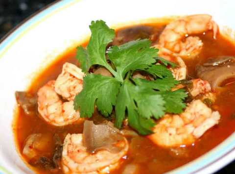 resep-tom-yam-seafood-thailand