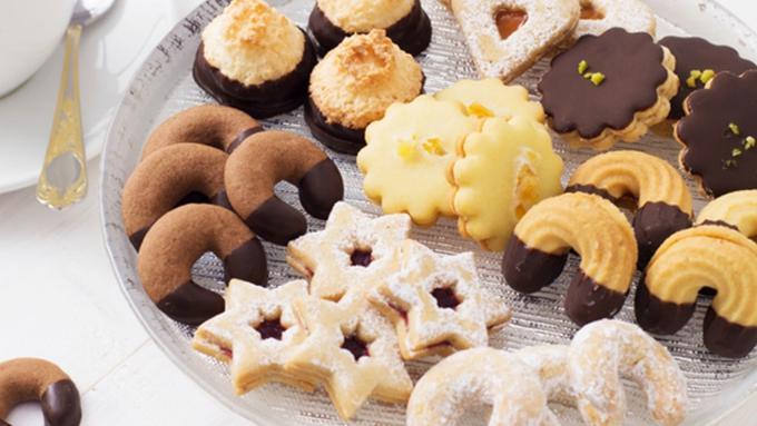 025697000_1546462577-resep-kue-kering-lebaran-kue-semprit-lapis-cokelat.jpg