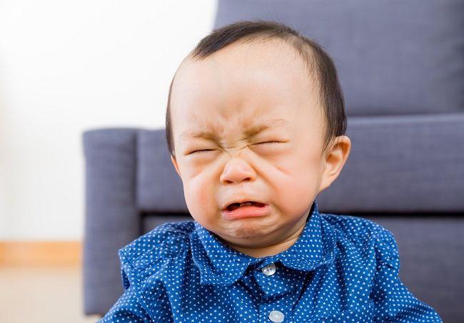 6-trik-jitu-mengatasi-bayi-menangis-berikut-ini-mungkin-belum-kamu-ketahui-alodokter.jpg